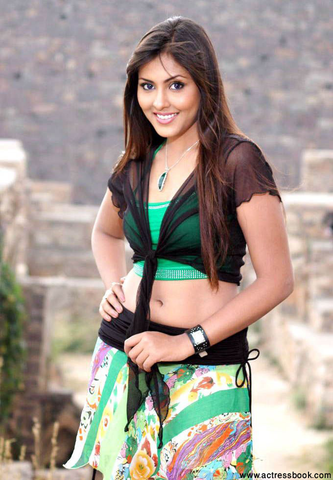 telugu actress madhu shalini - photo #23